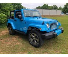 Jeep Sahara 2017 Chief Blue, perfect condition, both tops, 19,788 miles - Little Rock AFB - Image 2