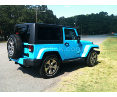 Jeep Sahara 2017 Chief Blue, perfect condition, both tops, 19,788 miles - Little Rock AFB - Image 5