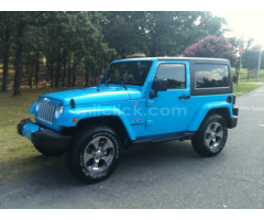 Jeep Sahara 2017 Chief Blue, perfect condition, both tops, 19,788 miles - Little Rock AFB - Image 6