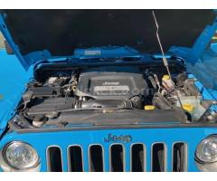 Jeep Sahara 2017 Chief Blue, perfect condition, both tops, 19,788 miles - Little Rock AFB - Image 8